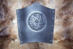Armschutz - Pentagramm auf Knotenmuster
